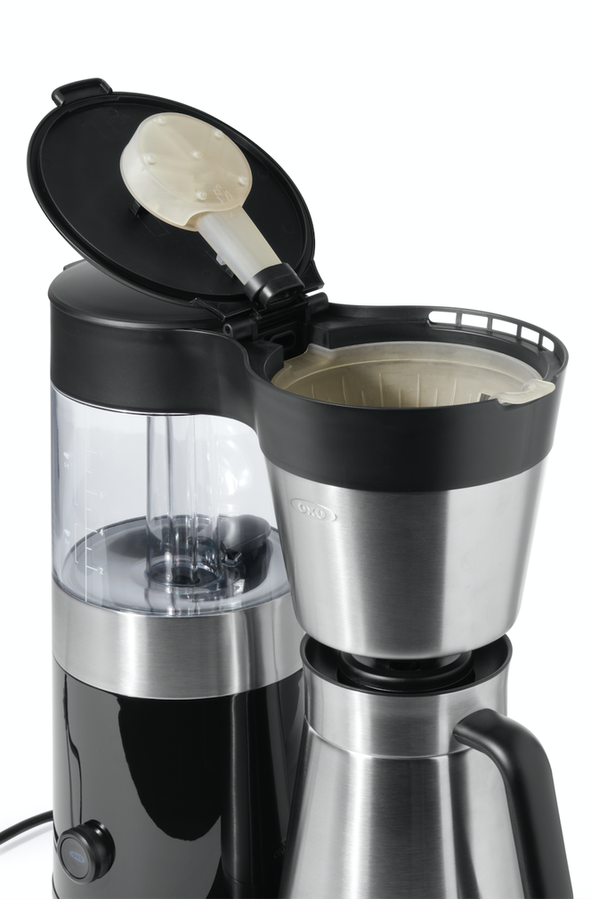 OXO relies on the watertightness of SLA printing to create robust functional prototypes for products with air or fluid flow, like this coffee maker.