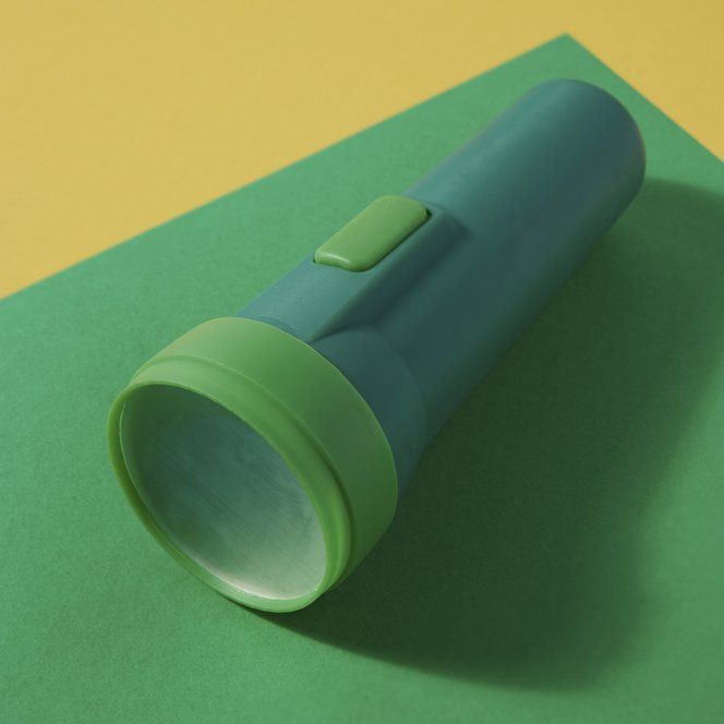 A green flashlight printed in Formlabs Color Kit