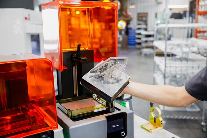 Formlabs stereolithography 3D printers in the Ringbrothers shop.