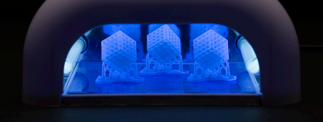 Post-processing - Curing - UV curing box - 3D printing - Form Cure