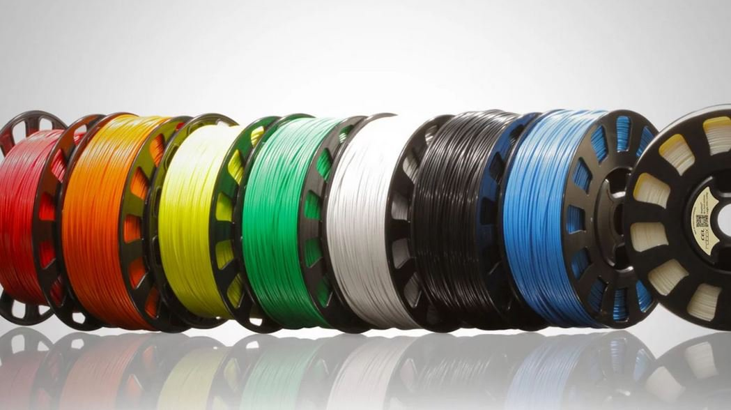 FDM filaments and blends offer various color options. (source: All3DP.com)