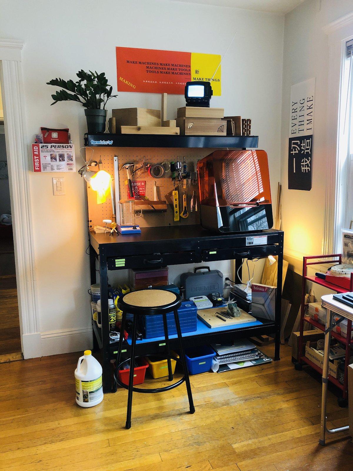 El taller en casa de Alexis Hope.