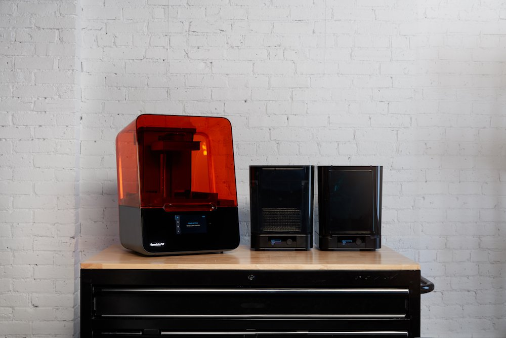 3d printers at a home desk
