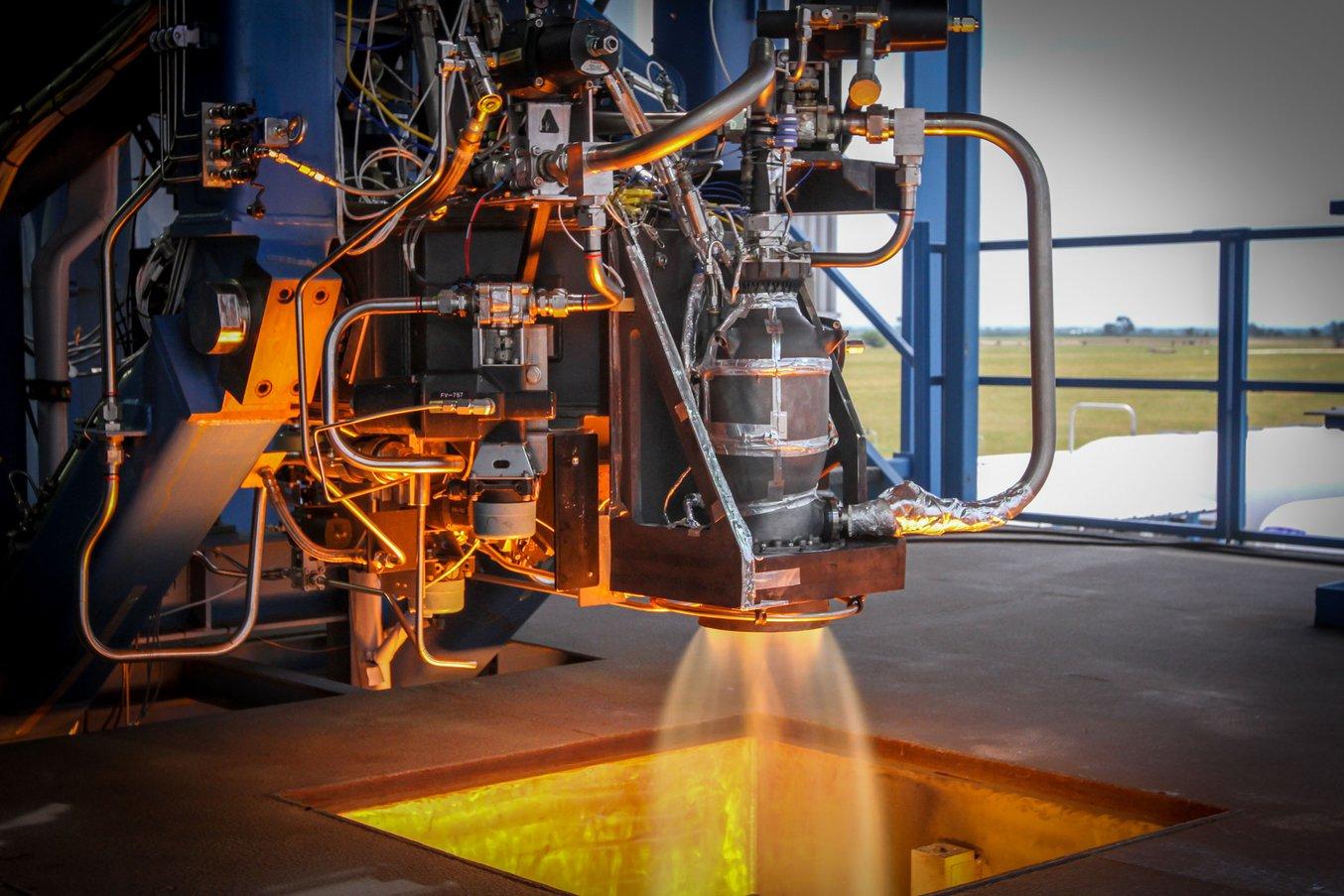 La capsula Crew Dragon di SpaceX, equipaggiata con motori SuperDraco stampati in 3D, ha preso il volo per la prima volta a marzo 2019. (Fonte: SpaceX)
