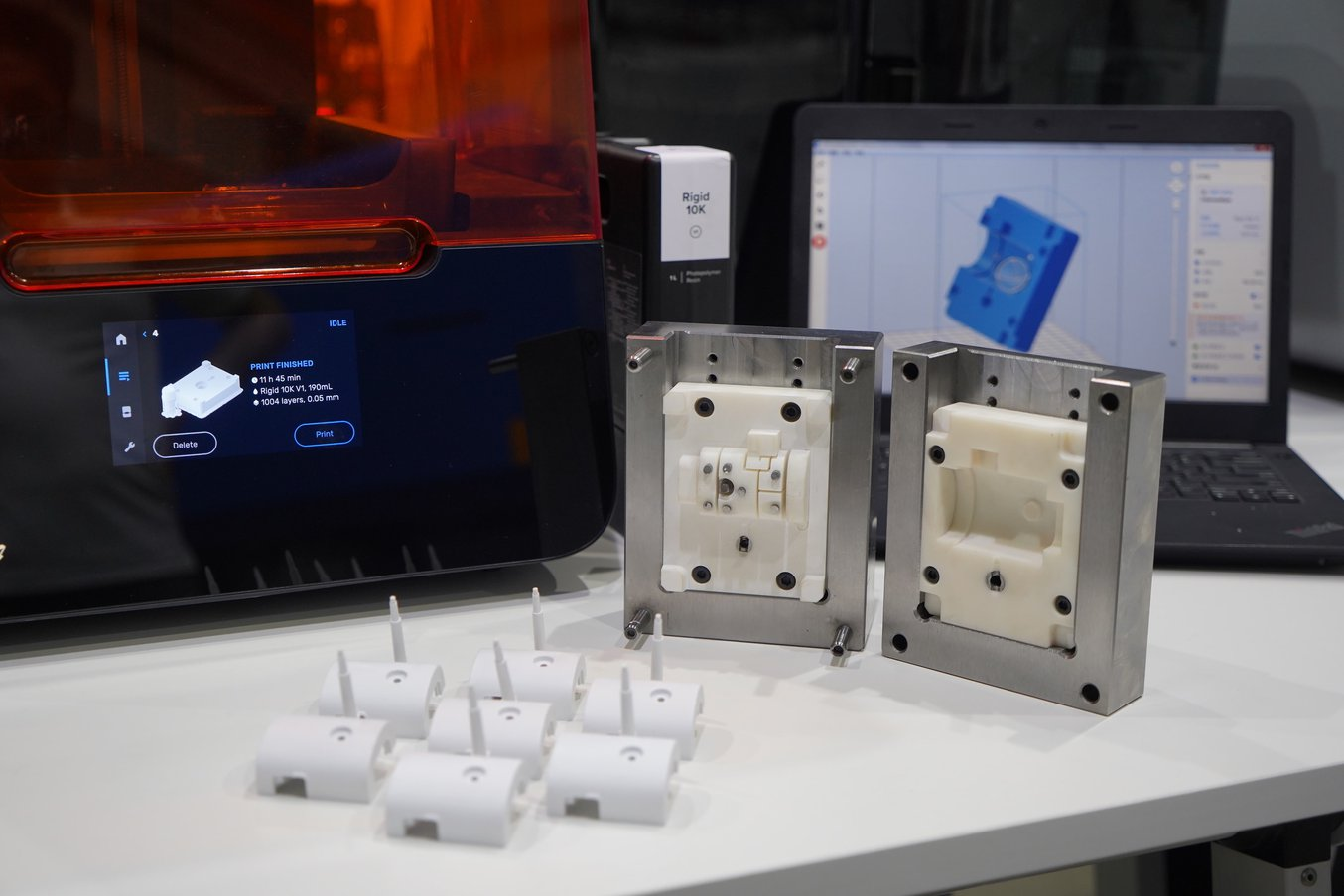 The Rigid 10K injection molds printed on the Form 3 could produce 100+ parts.