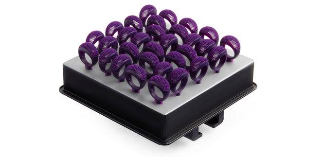 Materiali ad alta prestazione per la stampa 3D come la Castable Wax Resin aiutano designer di gioielleria e fabbricanti ad aumentare la produzione in-house.