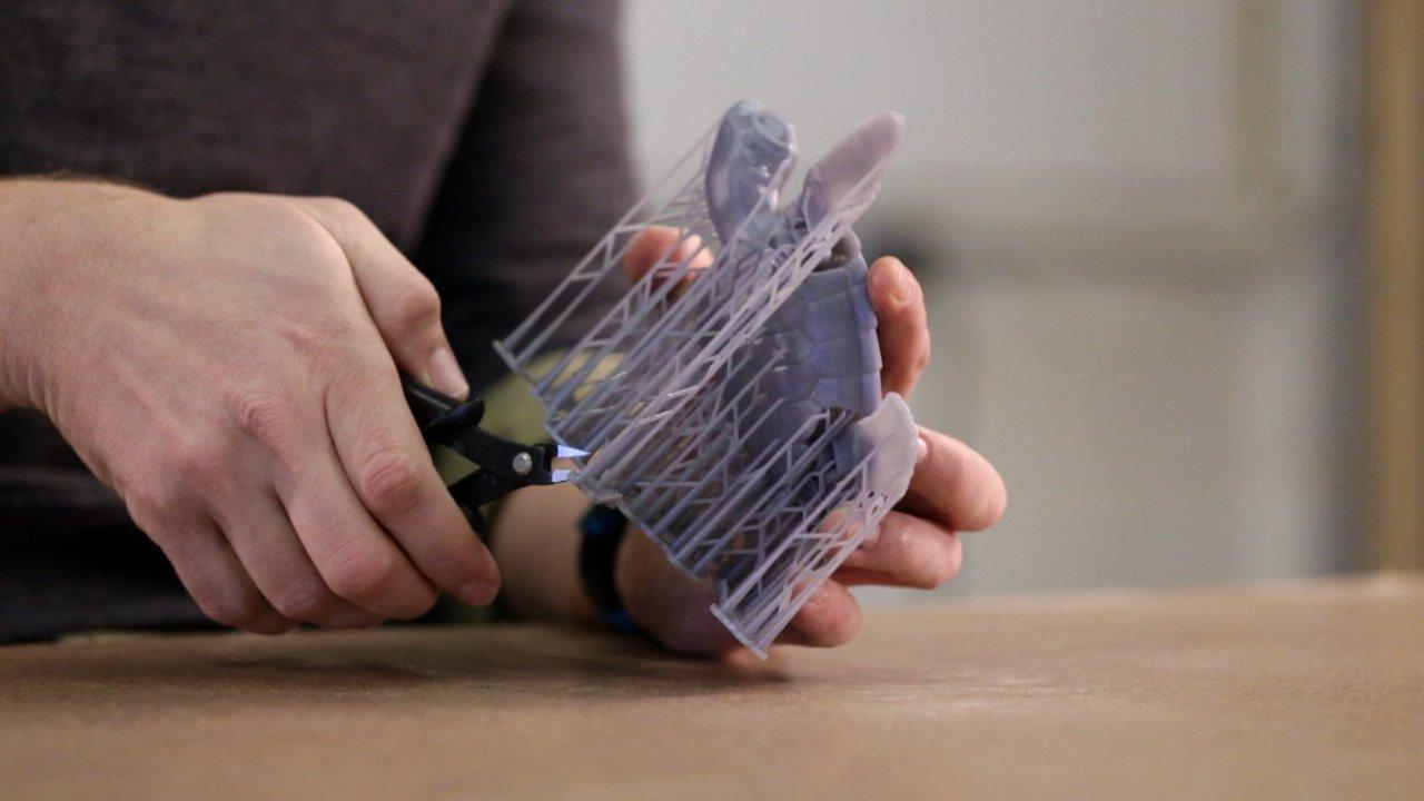 Schritt 1: Entfernen Sie die Stützstrukturen des Druckmodells.