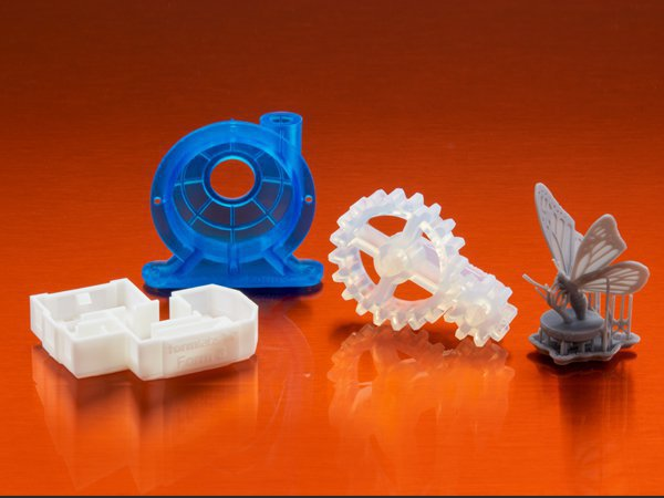 Form 3 and Form 3l 3d printers