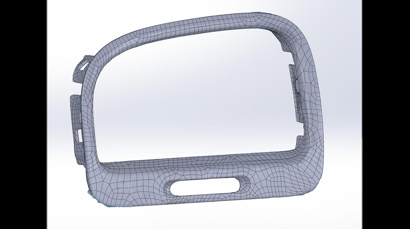 Hinweis: Vergleichen Sie die Ergebnisse der automatischen Oberflächennachbildung mit der halbautomatischen Oberflächennachbildung: es sind Präzisionseinbußen zu erkennen, insbesondere an scharfen Kanten.