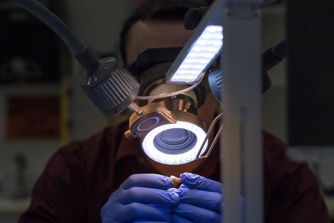 I modelli di moncone sfilabile stampati in 3D consentono di verificare in maniera efficiente la precisione delle protesi.