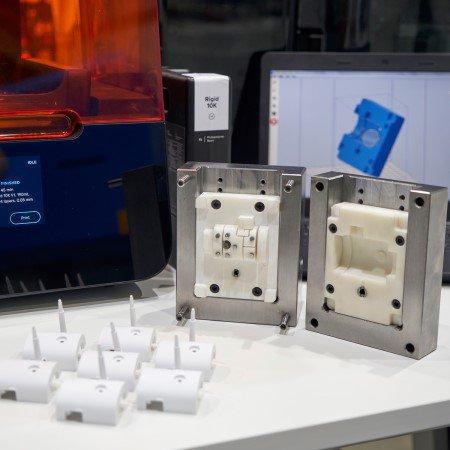 Moldeo por inyección a partir de moldes impresos en 3D