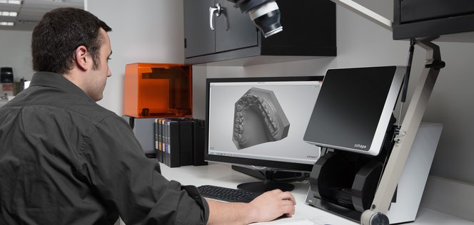 af49ebfa3f Grâce à des solutions de pointe de scan pour empreintes dentaires, de  planification des traitements et de fabrication numérique, ce qui ...