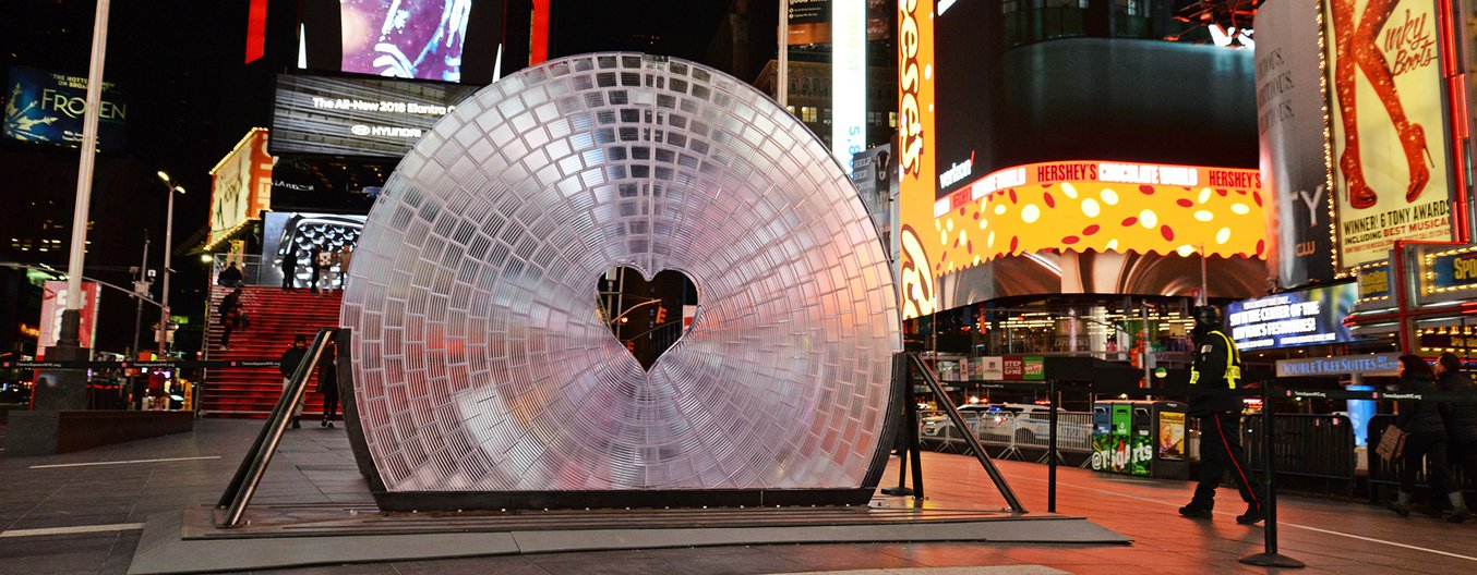 times square largest 3d printed lens