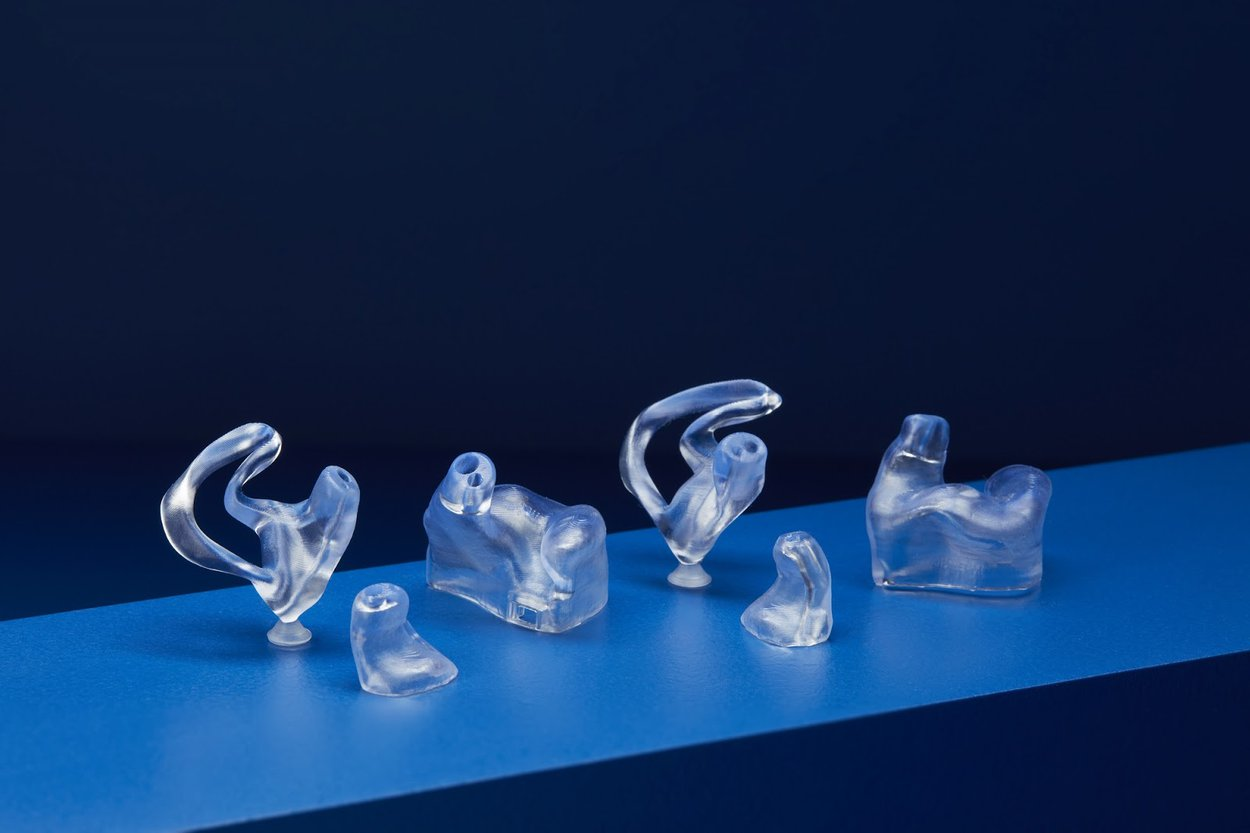 Qué supone la BioMed Clear Resin para las aplicaciones de sonido