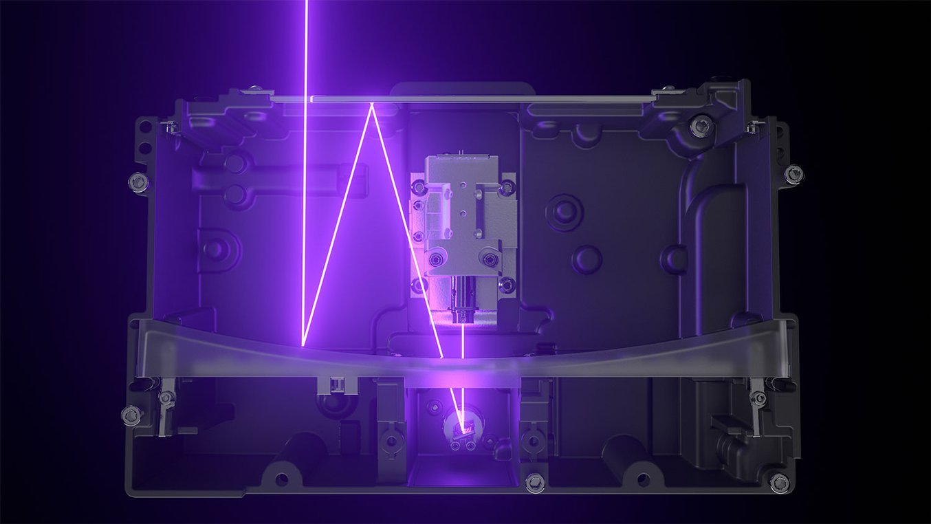 La Light Processing Unit (LPU) de la Form 3B contiene un sistema de lentes y espejos que garantiza que el punto focal del láser sea preciso y sistemático.