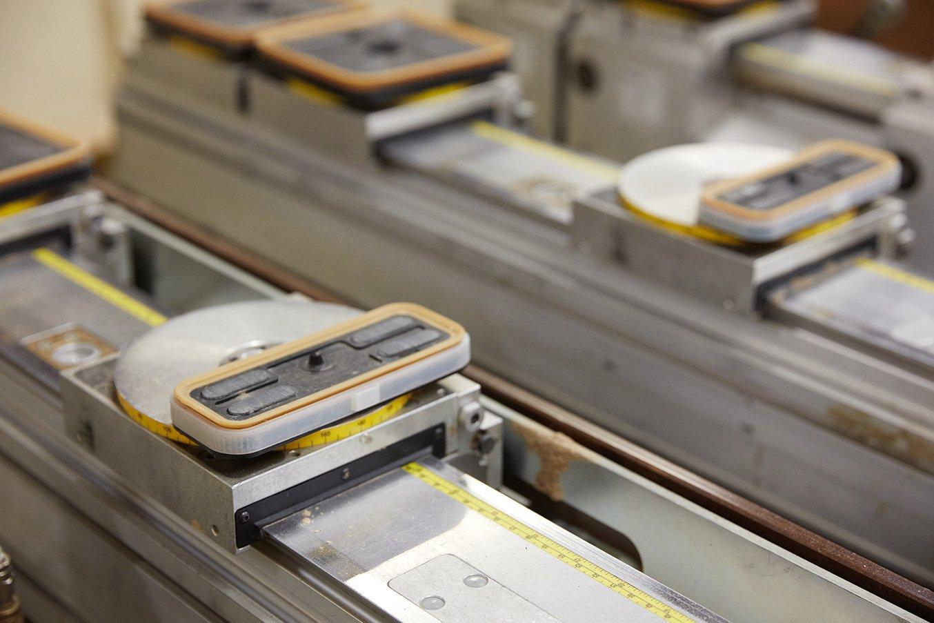 Gli ingegneri di Ashley Furniture hanno usato la stampa 3D per sostituire un anello di tenuta di una foratrice punto a punto.